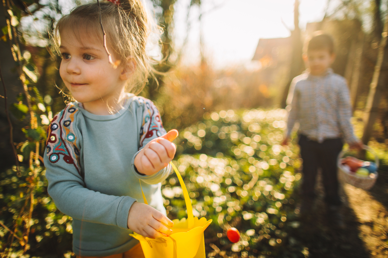 Family Egg hunting on Easter Holiday in North Devon